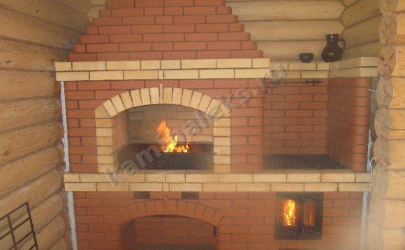 На фото: Угловая печь барбекю